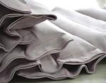Weiche Sacklgewebe aus grauem Veloursleder